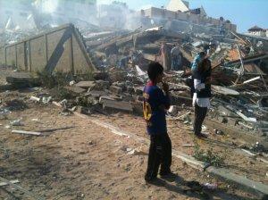 La Torre Zafer distrutta dal bombardiere M-16 israeliano il 23 agosto 2014.  Foto di Michele Giorgio per Il Manifesto