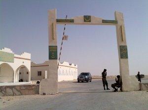 La dogana di Guerguerat, al confine tra Marocco e Mauritania.  Foto presa da http://commondatastorage.googleapis.com