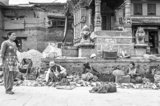 Mercanti nelle piazze di Bhaktapur